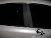 Обтяжка плёнкой под карбон накладок на двери Lexus